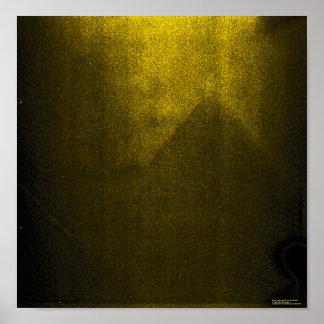 ¿Pirámide en Nansen? Póster