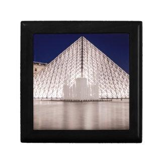 pirámide Francia París de la lumbrera en la noche Caja De Recuerdo