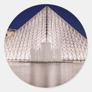 pirámide Francia París de la lumbrera en la noche Pegatina Redonda