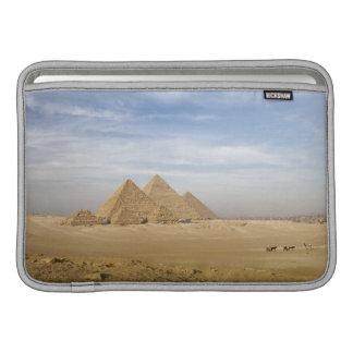 Pirámides El Cairo, Egipto Fundas Macbook Air