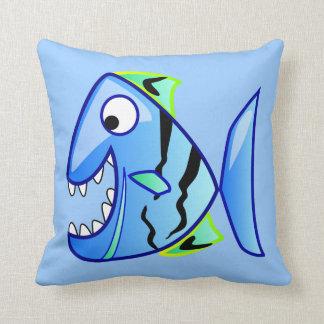 piraña azul de los apps del tema de los pescados cojín