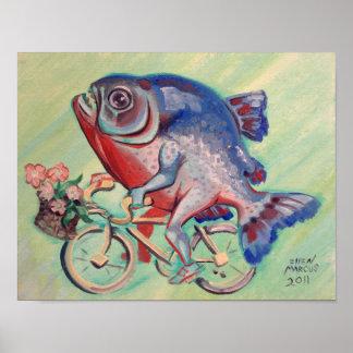 Piraña en una bicicleta poster