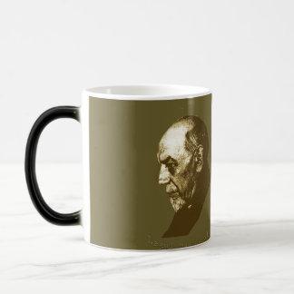 Pirandello Magic Mug