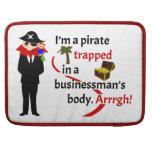 Pirata atrapado en el cuerpo de un hombre de negoc fundas para macbook pro