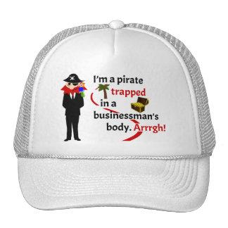 Pirata atrapado en el cuerpo de un hombre de negoc gorro