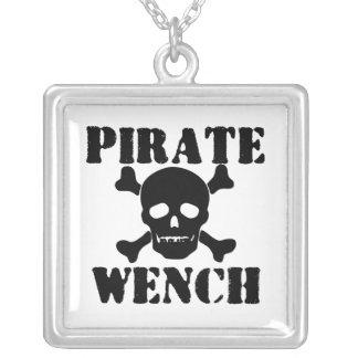 Pirata Colgante Cuadrado