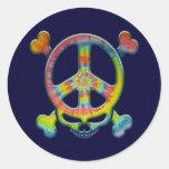 Pirata de la paz del teñido anudado etiqueta redonda