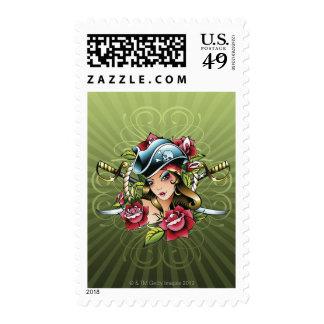Pirata de sexo femenino con los rosas y las sello