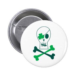 Pirata del día de St Patrick Pins