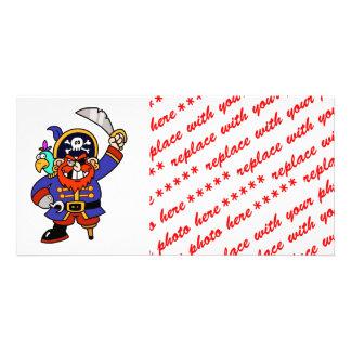 Pirata del dibujo animado con la pierna y la espad tarjetas personales