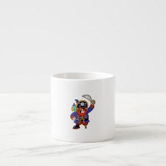 Pirata del dibujo animado con la pierna y la espad tazita espresso