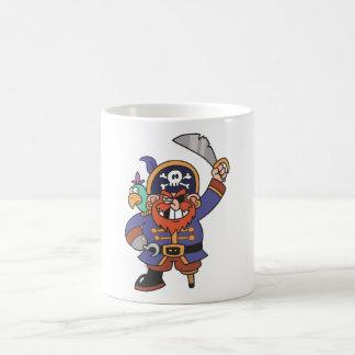 Pirata del jengibre con el loro taza