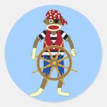 Pirata del mono del calcetín etiqueta redonda