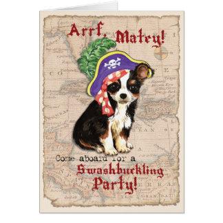 Pirata largo de la chihuahua de la capa tarjeta pequeña