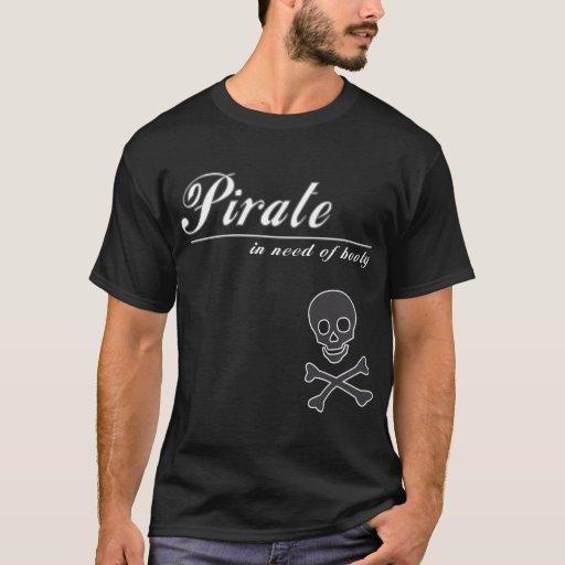 Pirata necesitando la camiseta del botín