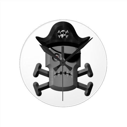 Pirata Rogelio alegre del robot que frunce el ceño Reloj De Pared