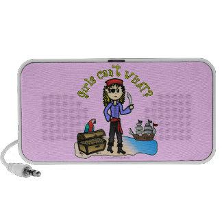 Pirata rubio del chica iPod altavoz