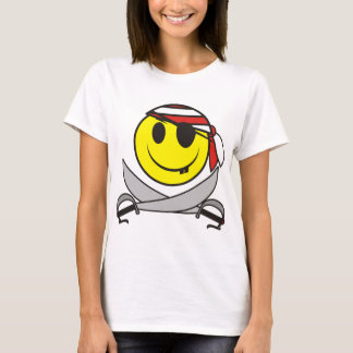 Pirata sonriente 01 playera
