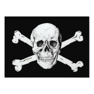 """Piratas cráneo negro y bandera pirata invitación 4.5"""" x 6.25"""""""