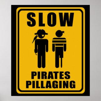 Piratas LENTOS que pillan la muestra - poster
