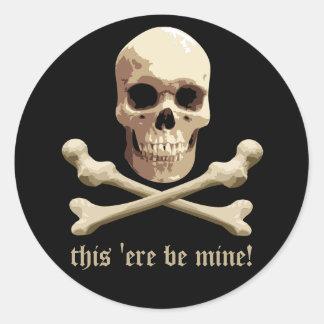 Pirate Club - Skull and Crossbones Classic Round Sticker