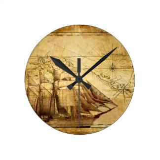 pirate ship round clock