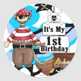 Piratee las 1ras camisetas y regalos del cumpleaño etiqueta redonda