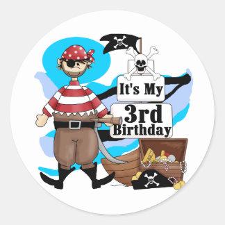 Piratee las 3ro camisetas y regalos del cumpleaños pegatina redonda