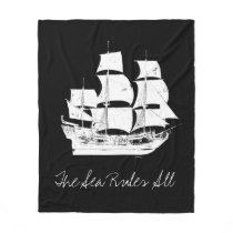 Pirates of the Caribbean 5 | The Sea Rules All Fleece Blanket