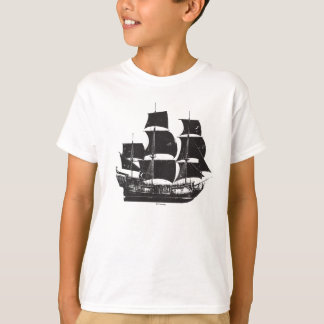 Pirates of the Caribbean 5   The Sea Rules All T-Shirt