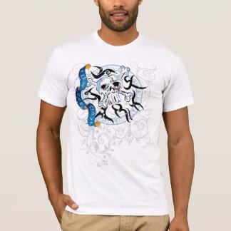 Pirates Skull & Bones #2 Distressed T-Shirt