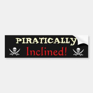 Pirático inclinado etiqueta de parachoque