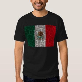 Pisada del neumático de la bandera mexicana polera