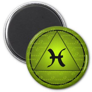 Pisces Zodiac Sign Green Triangle Curly Script Magnet