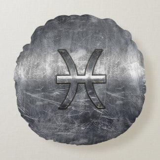 Pisces Zodiac Symbol in grunge steel style print Round Pillow
