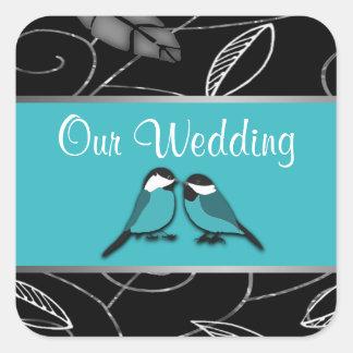 Piscina azul y pájaros negros del amor que casan l pegatina