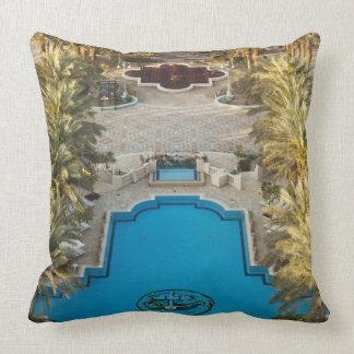 Piscina elevada del hotel del palacio de Herods de Cojín