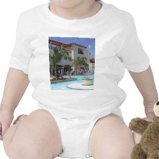 Piscina en Defcon Trajes De Bebé
