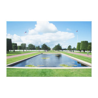 Piscina en el cementerio americano, Normandía de Impresión En Lienzo