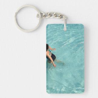 piscina llavero rectangular acrílico a una cara