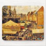 Pissarro: La feria en Dieppe, mañana soleada Alfombrillas De Raton