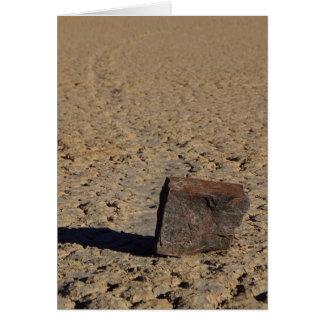Pista Playa que resbala fango de las piedras Tarjetón