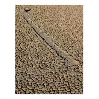 Pista Playa que resbala las piedras que mueven roc Postal