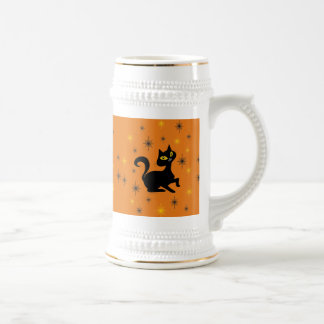 Pistache con las chispas en el naranja jarra de cerveza