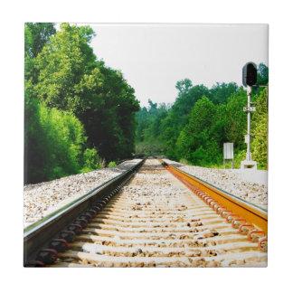 Pistas del tren azulejo cuadrado pequeño