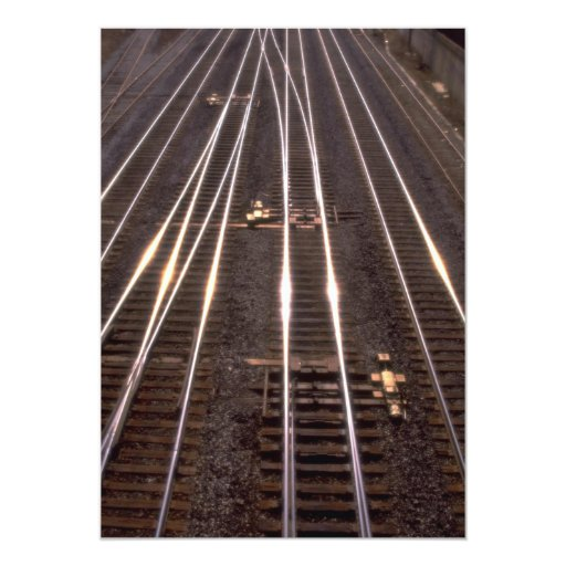 Pistas del tren invitación 12,7 x 17,8 cm