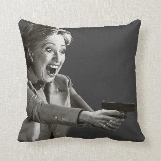 Pistola de Hillary Cojín
