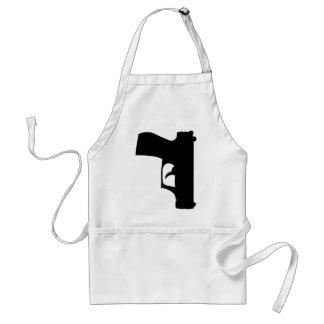 pistola negra abajo delantal