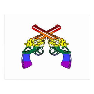 Pistolas del orgullo del arco iris tarjetas postales