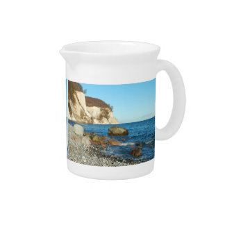 Pit Cher chalk rock on reproaches Beverage Pitcher